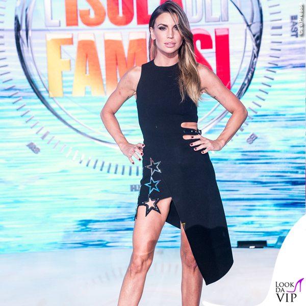 Claudia-Galanti-Isola-dei-Famosi-abito-Antony-Vaccarello-scarpe-Christian-Louboutin-6