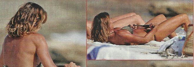 1913387_cristina_parodi_bikini