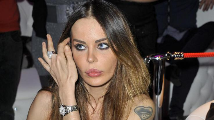 Nina Moric finisce nei guai: presto comparirà in tribunale a Milano