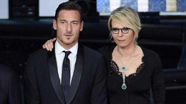 """House Party"", Maria De Filippi fa coppia con Francesco Totti"